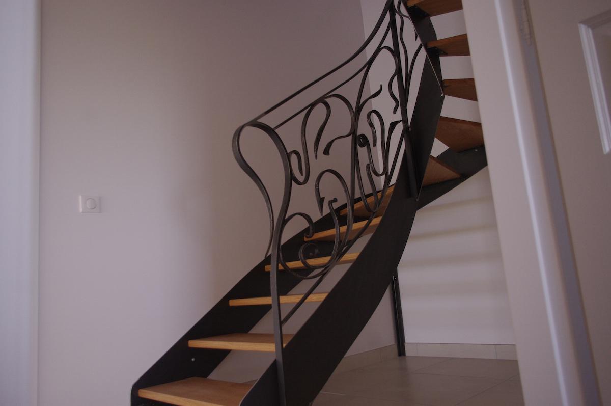 escalier en m tal et marches en bois jean berson menuisier. Black Bedroom Furniture Sets. Home Design Ideas
