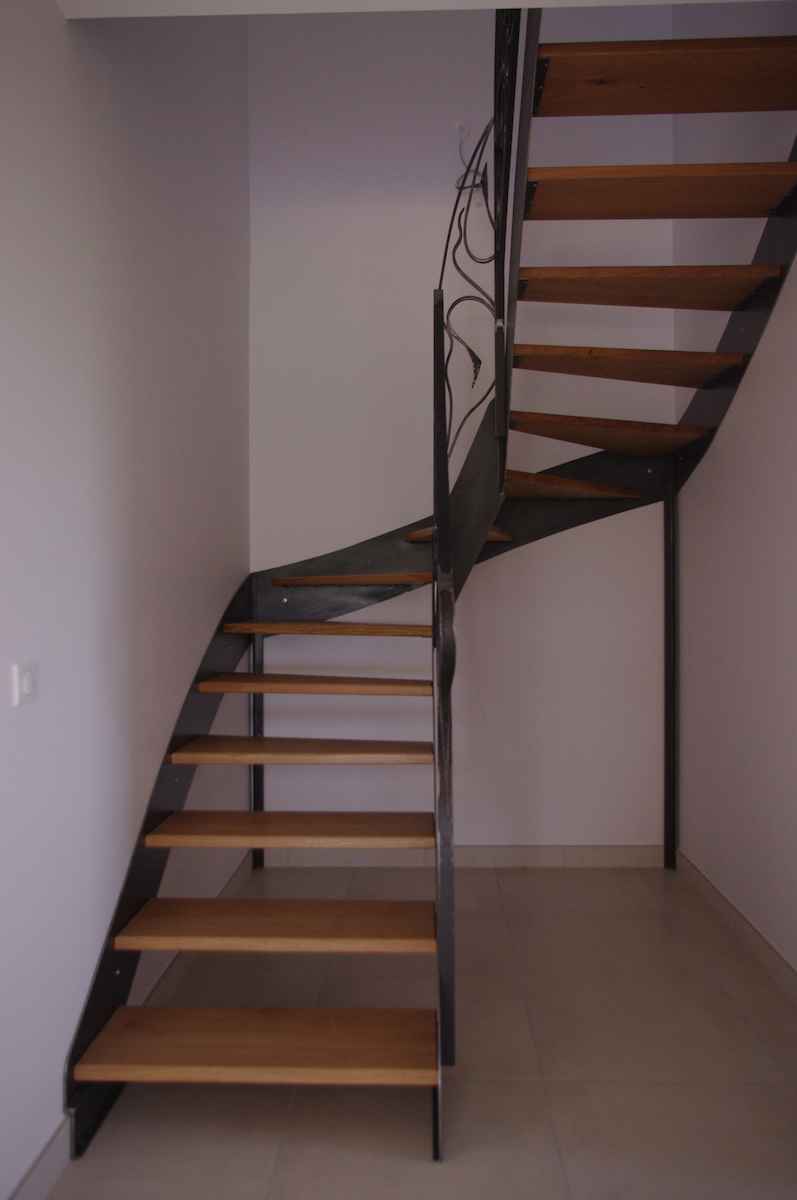 escalier metal5-jean-berson-ebeniste-luzech-lot-1200x780