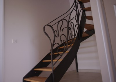 escalier metal1-jean-berson-ebeniste-luzech-lot-1200x780